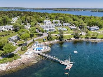 斯普魯斯波因特溫泉度假飯店 Spruce Point Inn Resort & Spa