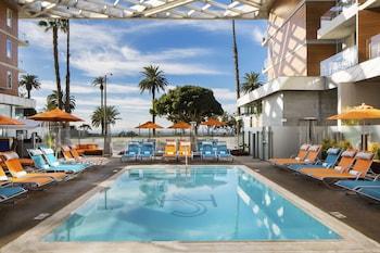 Hotel - Shore Hotel