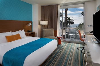 Premier Room, 1 King Bed, Accessible, Ocean View