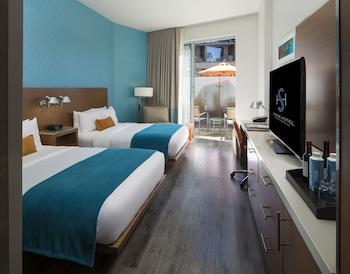 Room, 2 Double Beds, Garden View