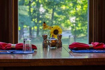 Heart of the Village Inn, Modern Vermont Bed & Breakfast