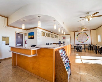 Page Vacations - Rodeway Inn at Lake Powell - Property Image 1