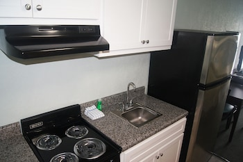 In-Room Kitchen at Ocean Plaza Motel in Myrtle Beach