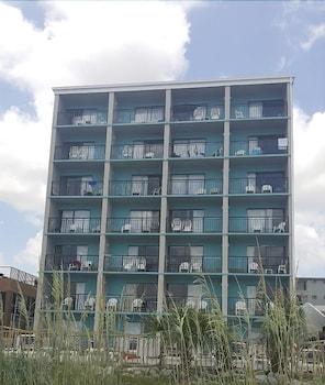 Exterior at Ocean Plaza Motel in Myrtle Beach