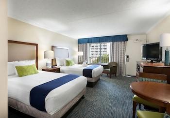 Guestroom at Sea Crest Oceanfront Resort in Myrtle Beach