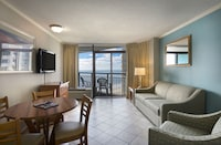 Executive Suite, Ocean View (1 King Bed and 1 Murphy Bed)