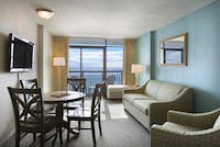 Executive Suite, Oceanfront (2 Double Beds and 1 Murphy bed)
