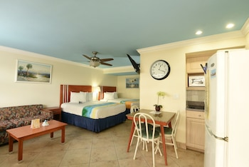 Superior Suite (Gulf View 2 Queen beds and 1 Sofa bed)