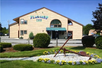 Hotel - Flagship Inn and Suites