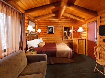 Cabin, 1 King Bed with Sofa bed