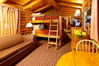 Cabin, 2 Queen Beds in Bunk formation w/ Sofabed