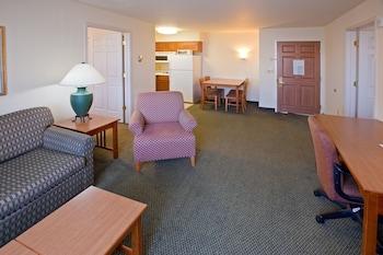 Suite, 2 Bedrooms (1 King Bed, 1 Queen Bed)