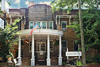 Hotel - The Highland Inn