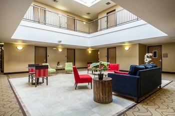 舊金山機場西凱富套房飯店 Comfort Inn & Suites San Francisco Airport West