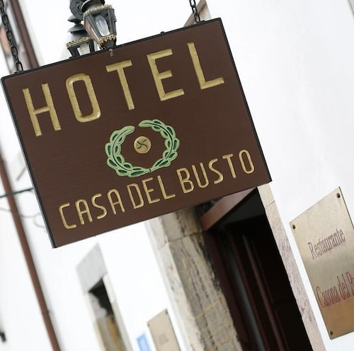 . Hotel Casona Del Busto