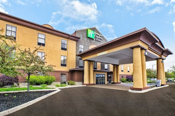 Hotel - Holiday Inn Express Hotel and Suites Marysville
