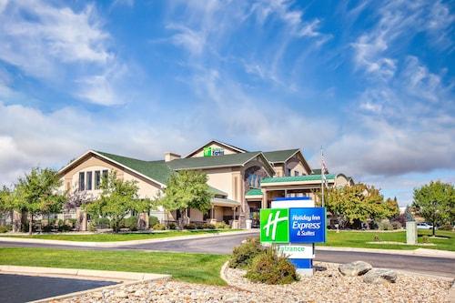 . Holiday Inn Express & Suites Gillette, an IHG Hotel