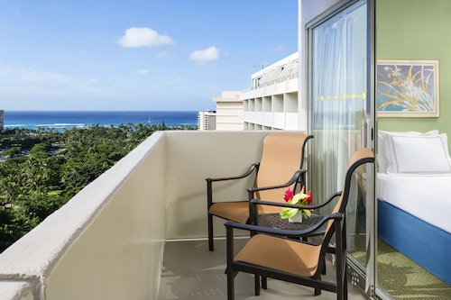__{offers.Best_flights}__ Ambassador Hotel Waikiki