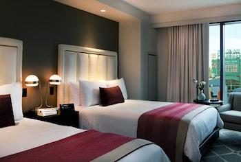 Room, 2 Queen Beds (Fenway)