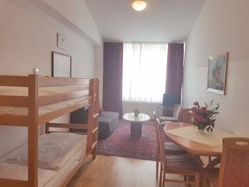 Family Apartment, 1 Bedroom, Kitchen (Superior)