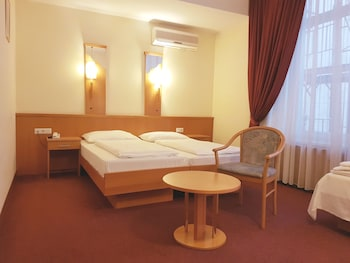 Superior Triple Room, Multiple Beds