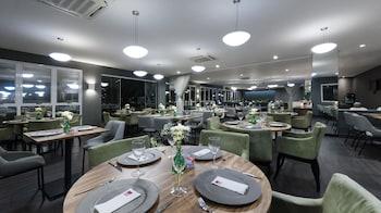 Comfort Suites Flamboyant - Food Court  - #0
