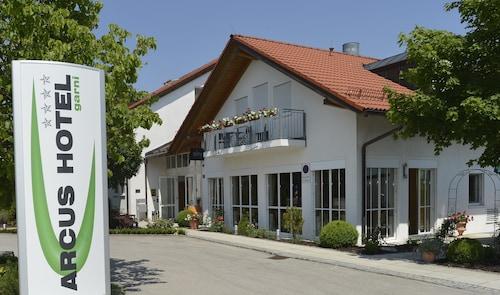 ARCUS Hotel garni, Ebersberg