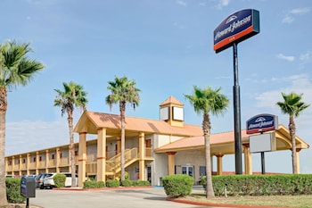 Hotel - Howard Johnson by Wyndham Galveston