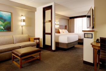 Standard Room, Multiple Beds (High Floor)
