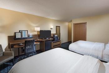 Guestroom at Fairfield Inn & Suites Charleston North/University Area in North Charleston