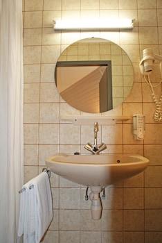 Fletcher Hotel De Geulvallei - Bathroom  - #0