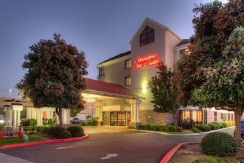 Hampton Inn & Suites San Francisco-Burlingame-Airport South photo