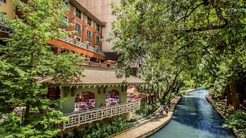 Hotel Valencia Riverwalk