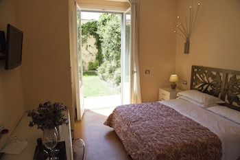 Deluxe Double or Twin Room, Garden Area