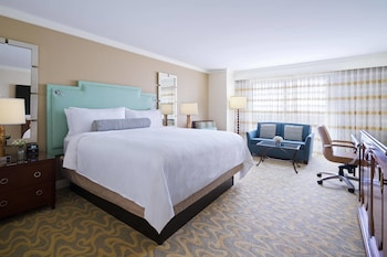 Room, 1 King Bed, Non Smoking (Lakefront)