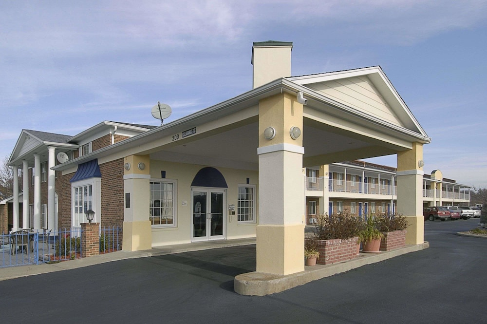 Days Inn by Wyndham Liberty/NE Kansas City