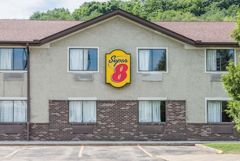 Hotel - Super 8 by Wyndham Delmont