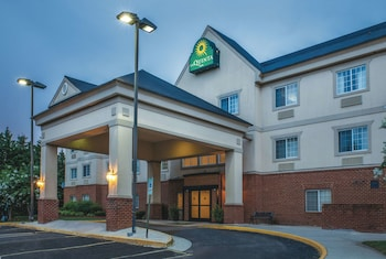 Hotel - La Quinta Inn by Wyndham Richmond South