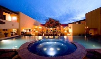 Hotel - Los Patios Hotel