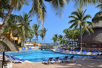 Hotel - Reef Yucatan All Inclusive Hotel and Convention Center