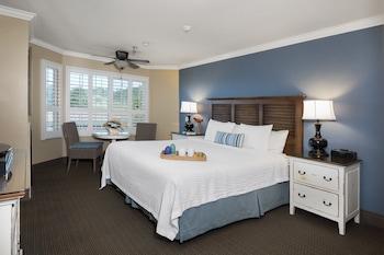 Hotel - Sand Pebbles Inn