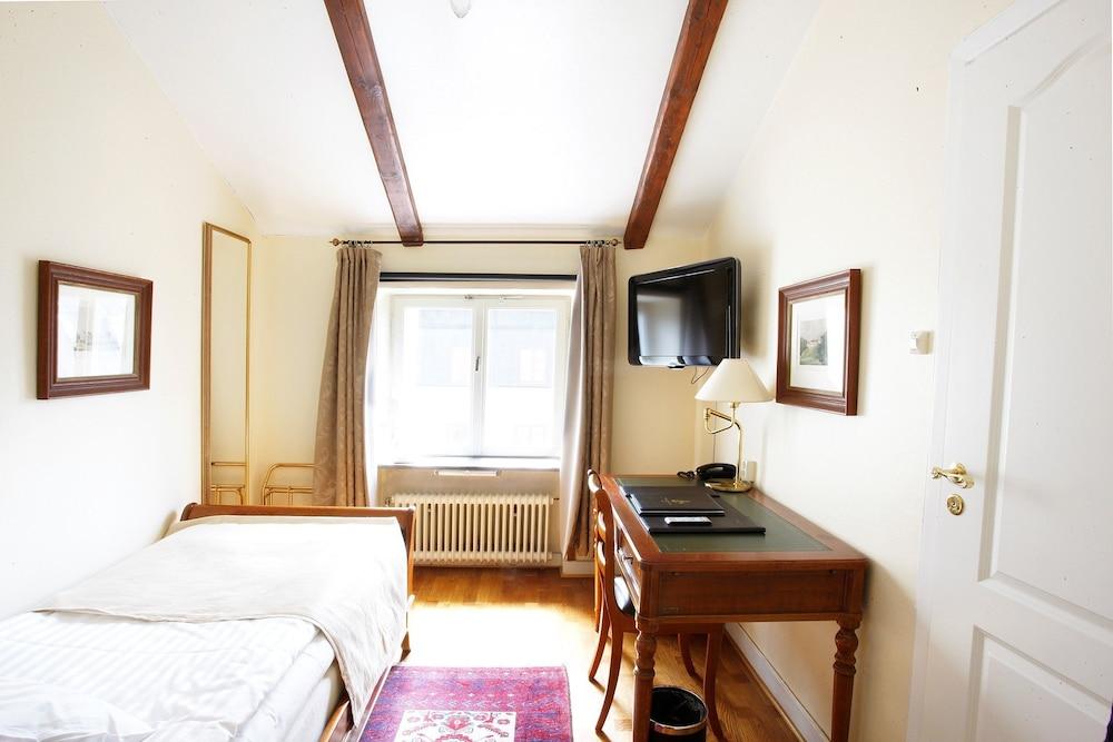 메이페어 호텔 투넬른(Mayfair Hotel Tunneln) Hotel Image 22 - Guestroom