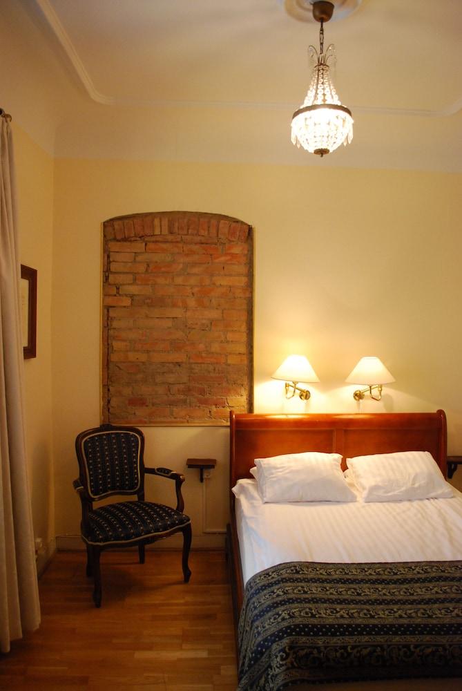 메이페어 호텔 투넬른(Mayfair Hotel Tunneln) Hotel Image 14 - Guestroom