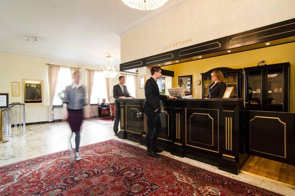 메이페어 호텔 투넬른(Mayfair Hotel Tunneln) Hotel Image 1 - Lobby