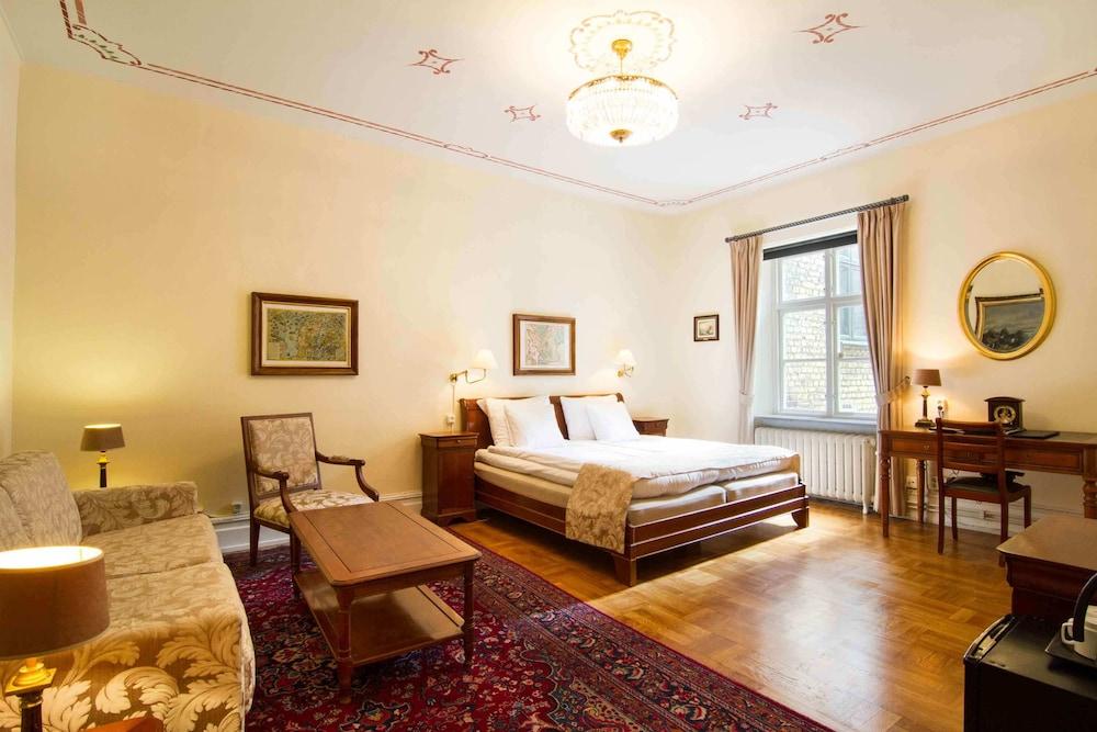 메이페어 호텔 투넬른(Mayfair Hotel Tunneln) Hotel Image 11 - Guestroom