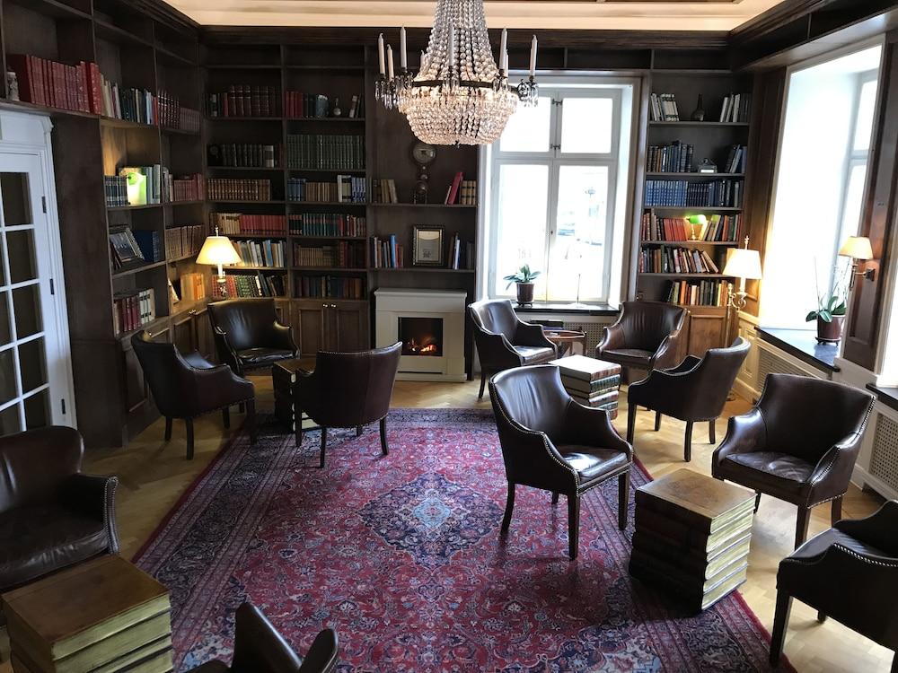 메이페어 호텔 투넬른(Mayfair Hotel Tunneln) Hotel Image 5 - Lobby Lounge