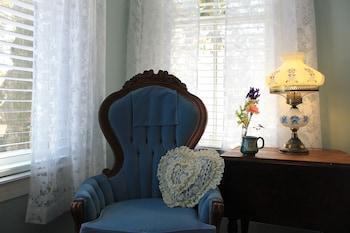 Room, 1 Queen Bed, City View (Magnolia)