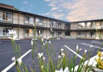 雷鳥小屋飯店 Thunderbird Lodge