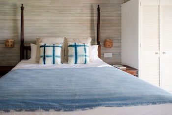 Superior Studio, 1 King Bed, Kitchen, Ocean View (carib Suite)