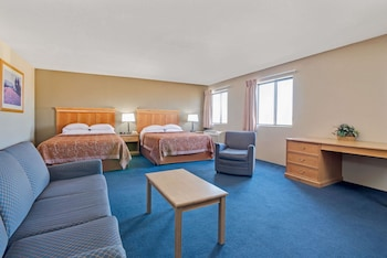 Standard Suite, 2 Queen Beds, Accessible